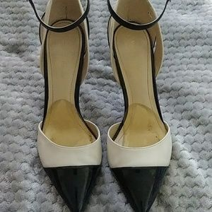 Marc Fisher heels